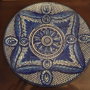 Grande assiette bleue