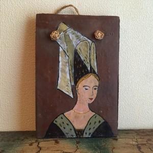 Tuile des Mureaux ancienne (femme)1