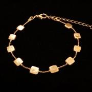 bracelet motifs carres